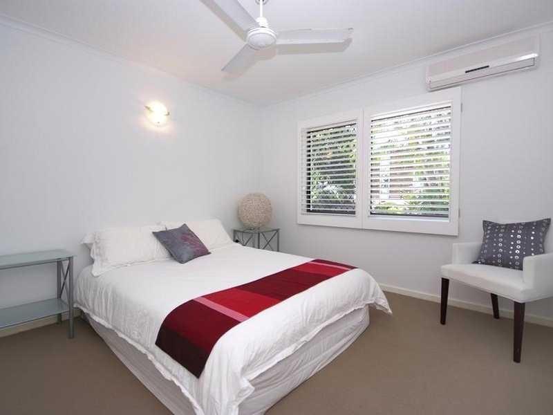 41 Hadrian Avenue, Mooroobool QLD 4870