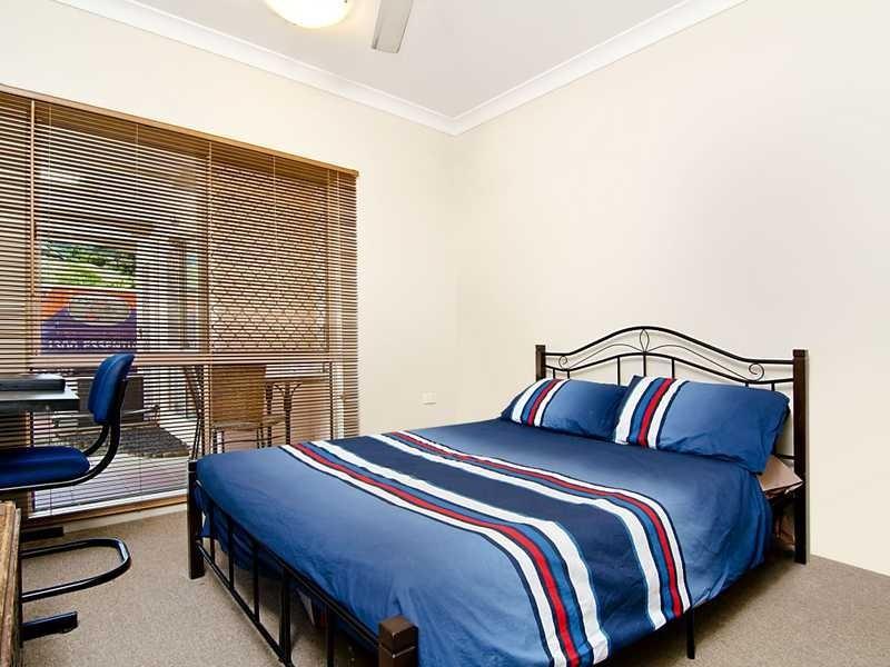 3/5 Ingham Court, Mooroobool QLD 4870