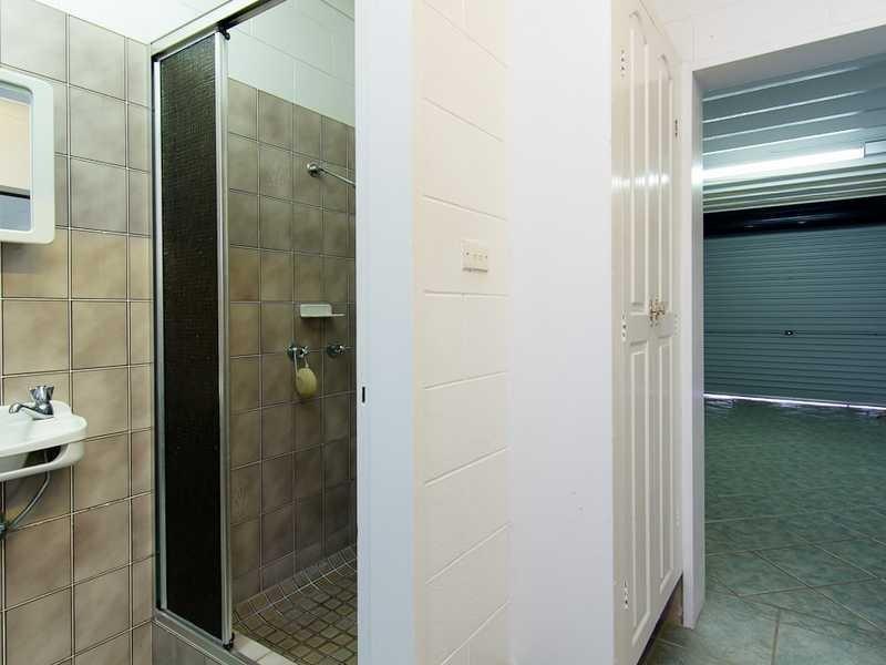1 Hermes Close, Mooroobool QLD 4870