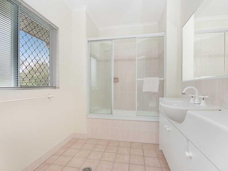 55/1 McGregor Street, Mooroobool QLD 4870