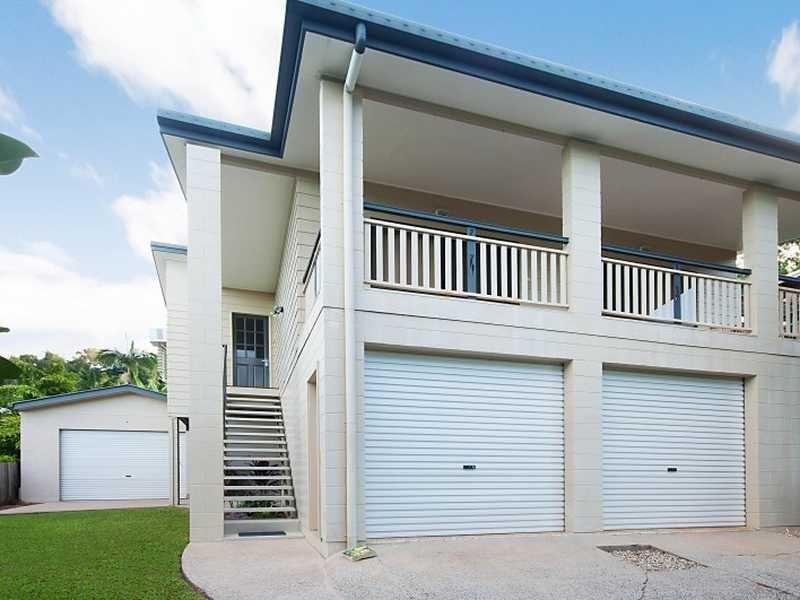 11 Minerva Avenue, Mooroobool QLD 4870