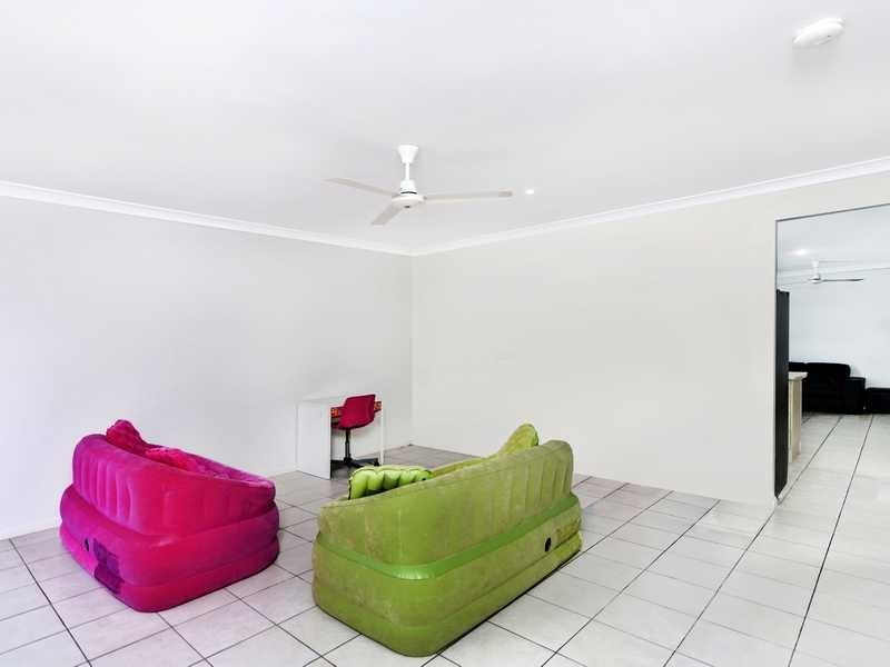 16 Finniss Crescent, Bentley Park QLD 4869