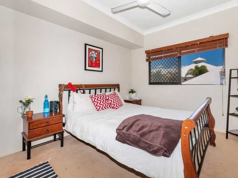 23/293 Esplanade, Cairns North QLD 4870