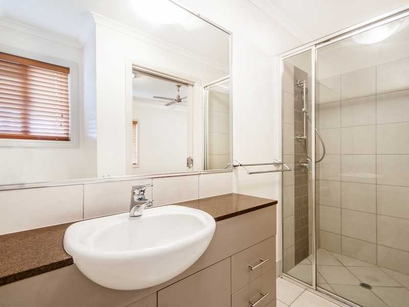 4/378 Mcleod Street, Cairns North QLD 4870