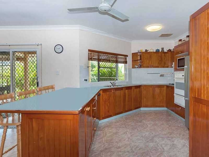 7 Wentworth Close, Bentley Park QLD 4869