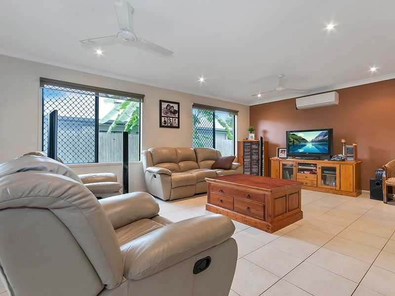 16 Ainscow Drive, Bentley Park QLD 4869