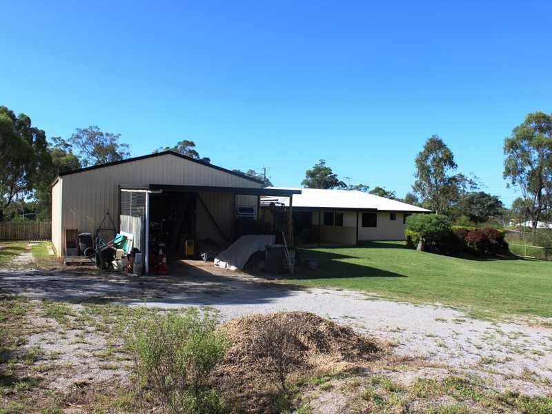 12 Ronald Crescent, Benaraby QLD 4680