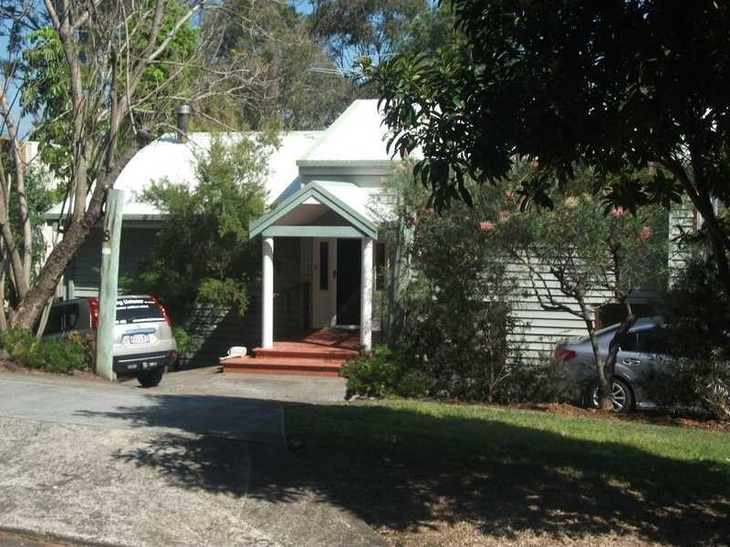 8 Highview  St, Daisy Hill QLD 4127