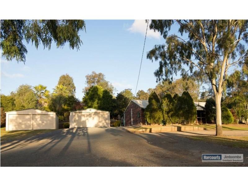 233 Bamboo Drive, Cedar Vale QLD 4285