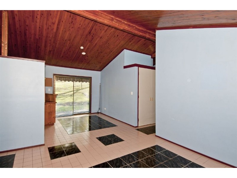 126 Bamboo Drive, Cedar Vale QLD 4285