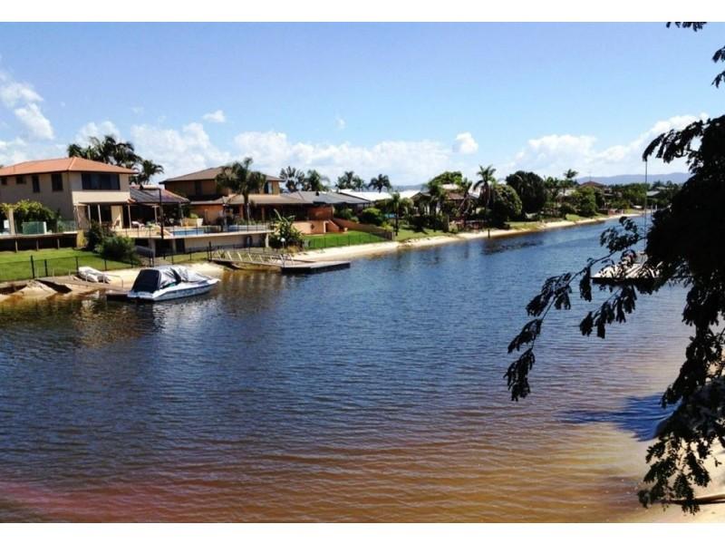 151 Rio Vista Blvd, Broadbeach Waters QLD 4218