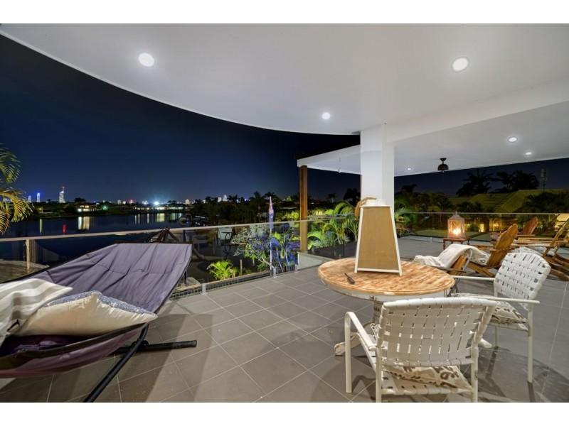 25 Montevideo Drive, Clear Island Waters QLD 4226