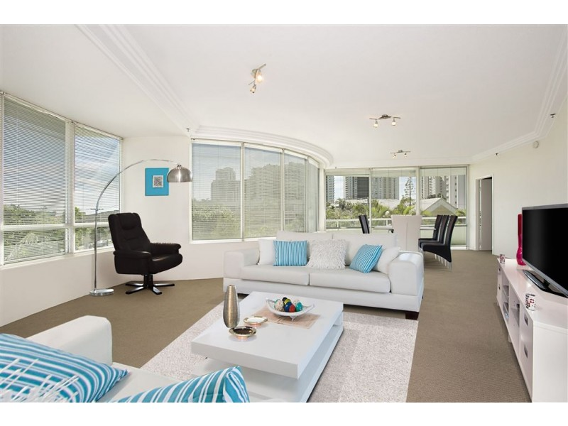 3/3 Tedder Avenue, Main Beach QLD 4217