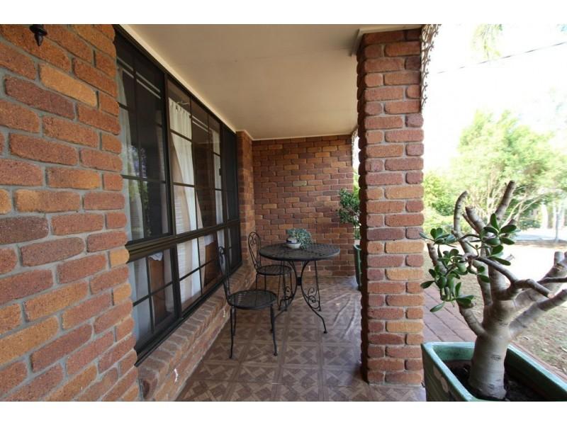 19 Melrose Drive, Flinders View QLD 4305