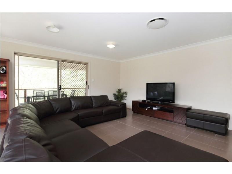 37 Burns Cct, Augustine Heights QLD 4300