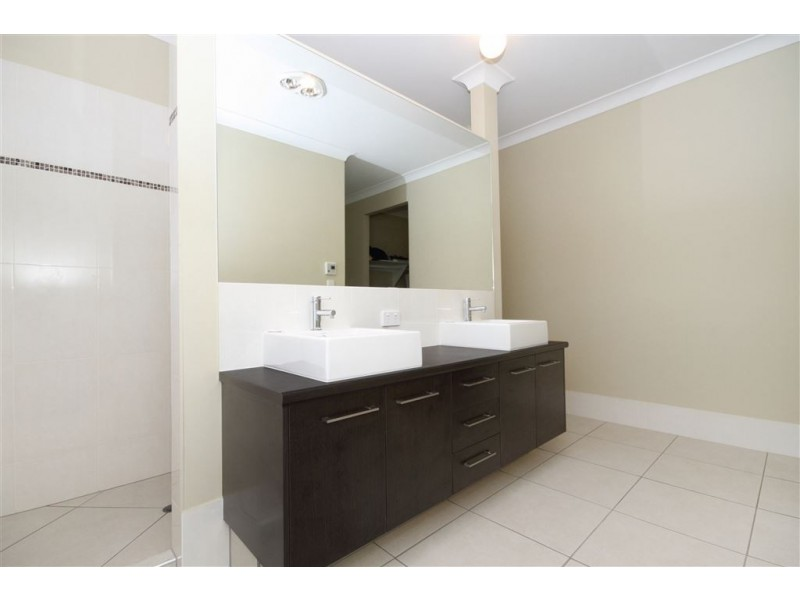 9 Oudeman Street, Augustine Heights QLD 4300