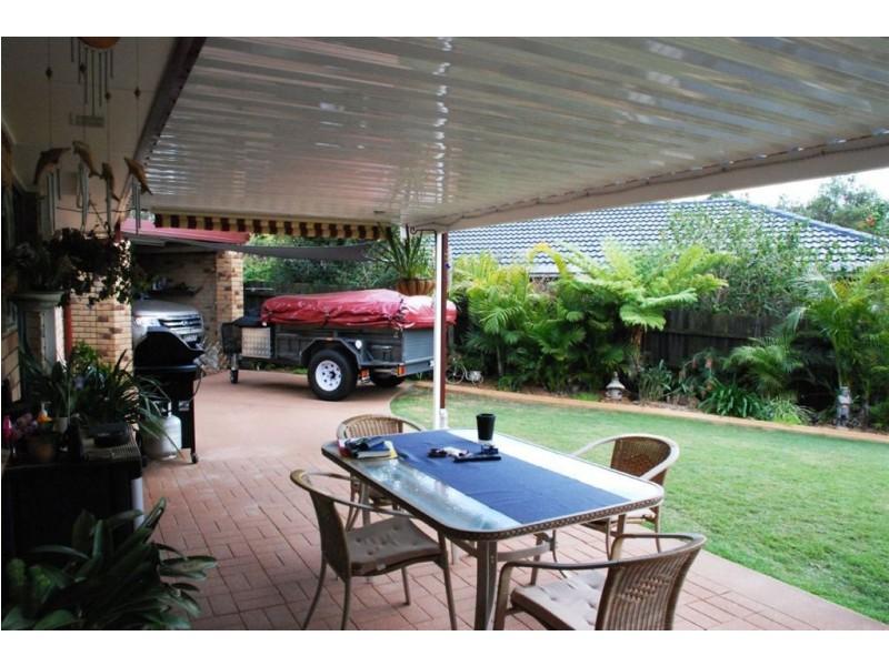 15 Crestwood Drive, Camira QLD 4300
