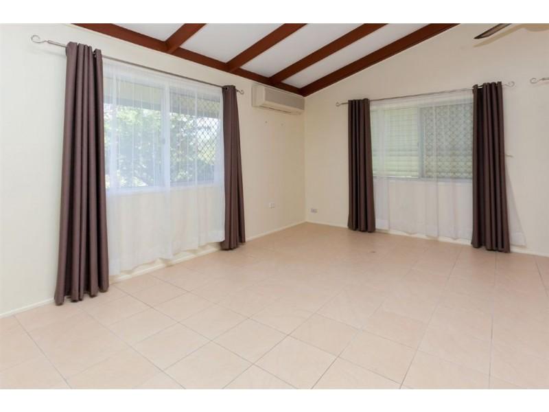 72 Cochrane Street, Camira QLD 4300