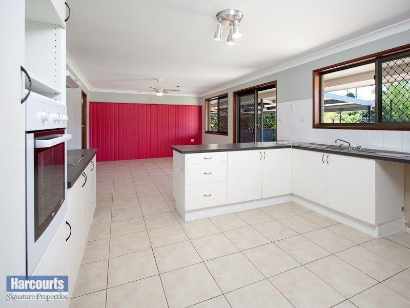 50 Moss Road, Camira QLD 4300