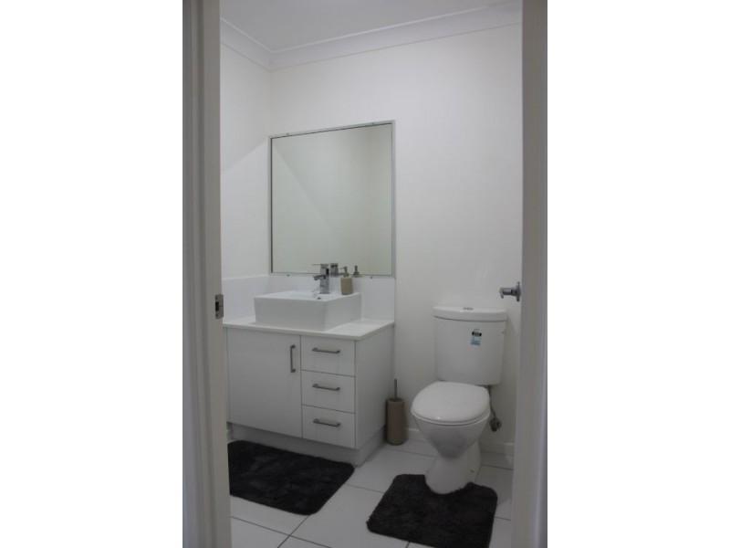 1 Iris Court, Walkerston QLD 4751