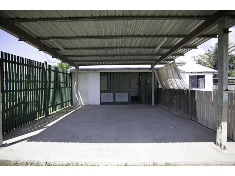 16 Tait Street, West Mackay QLD 4740