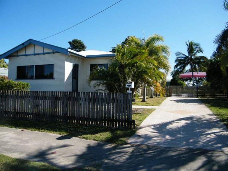 3 Banksia Avenue, Andergrove QLD 4740