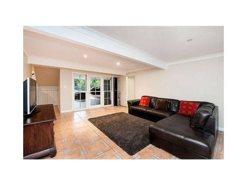 72 Armstrong Road, Cannon Hill QLD 4170