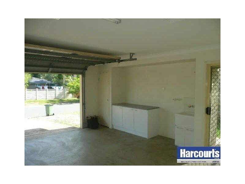 1  Brentwood Drive, Daisy Hill QLD 4127