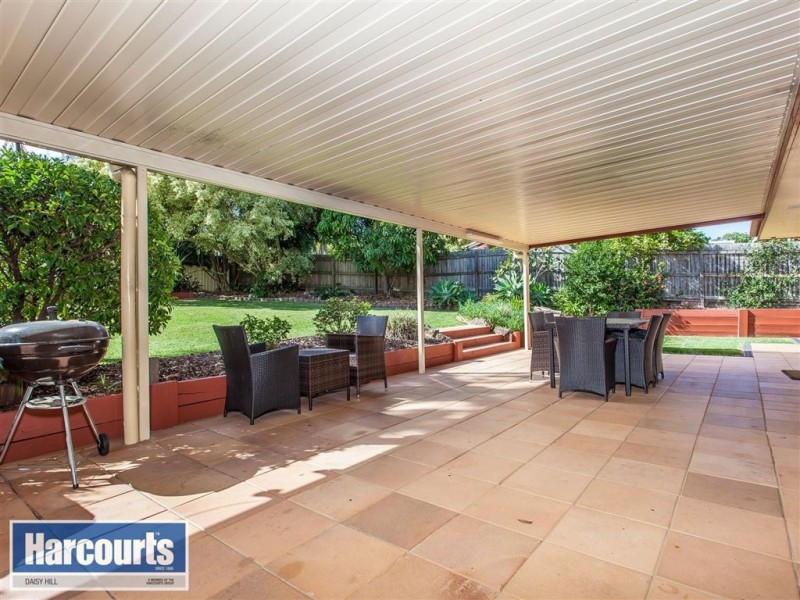 11 Oxley Circuit, Daisy Hill QLD 4127