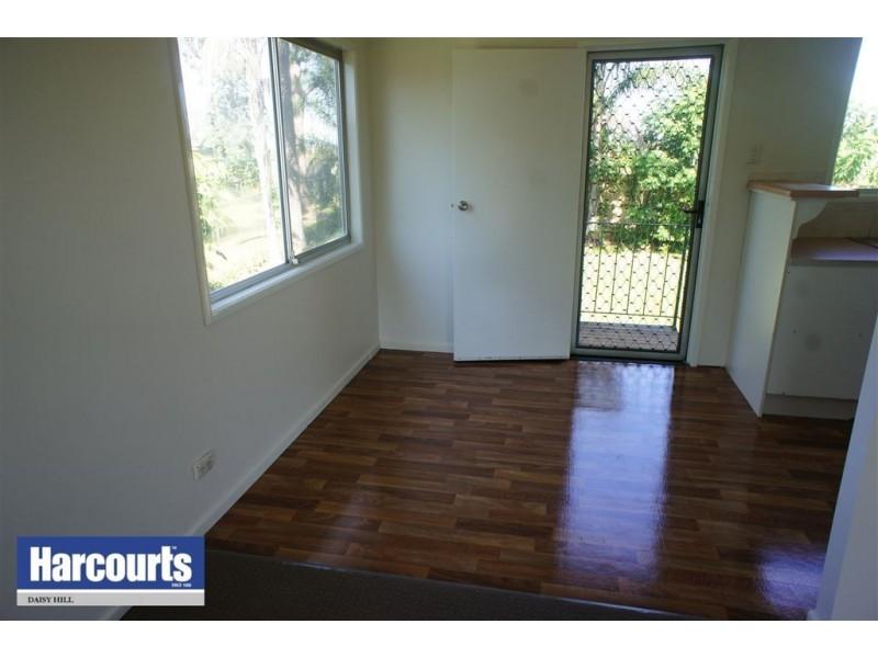 30 Boronia Ave, Daisy Hill QLD 4127
