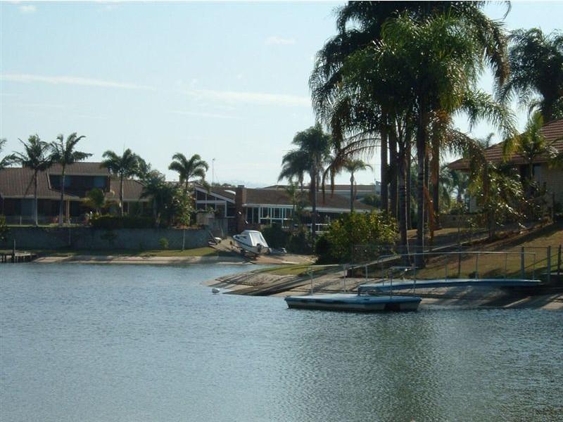 347 Monaco Street, Broadbeach Waters QLD 4218