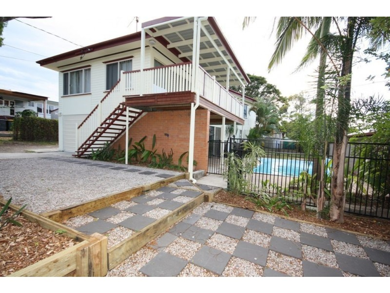 96 Maundrell Tce, Chermside West QLD 4032