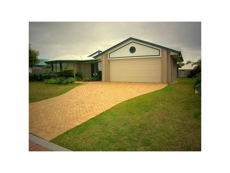 4 Edlundh Court, Pelican Waters QLD 4551