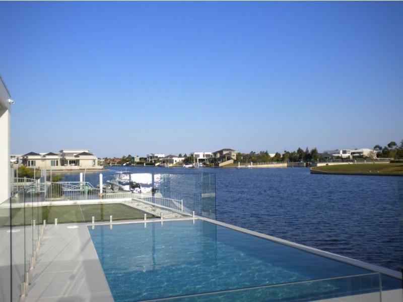 20 Westholme Cct, Pelican Waters QLD 4551