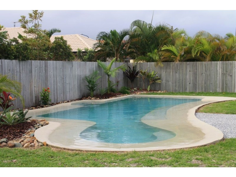 18 Ballinger Place, Pelican Waters QLD 4551