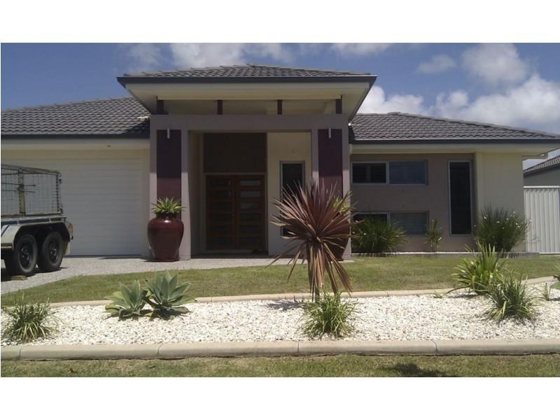 18 Echo Street, Pelican Waters QLD 4551