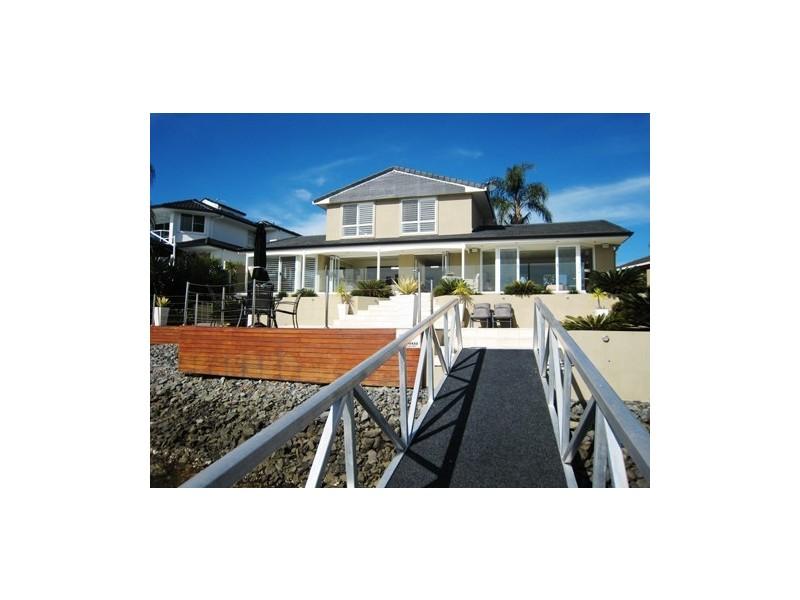 41 Furlong Street, Broadbeach Waters QLD 4218