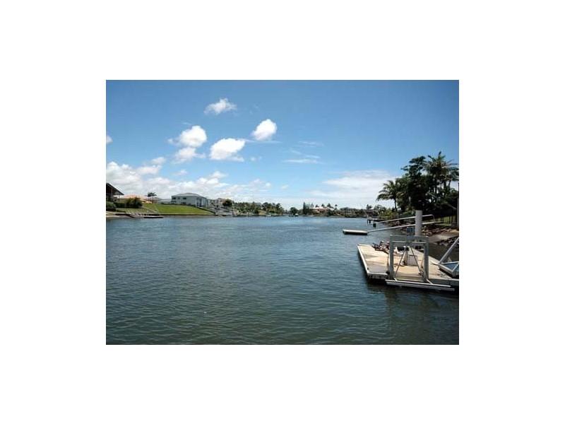 42 River Crescent, Broadbeach Waters QLD 4218