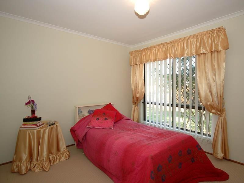 13 Huon Street, Broadbeach Waters QLD 4218
