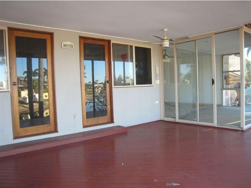 341 Monaco Street, Broadbeach Waters QLD 4218
