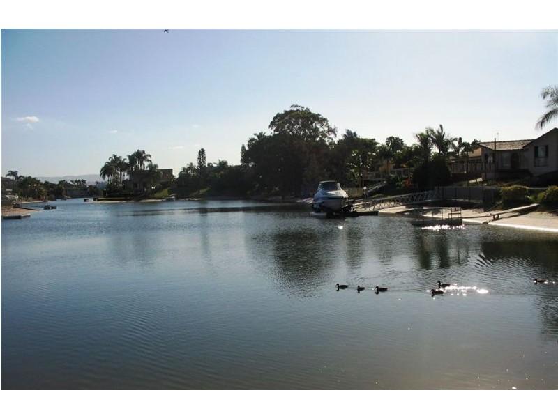 28 Bermuda Street,, Broadbeach Waters QLD 4218