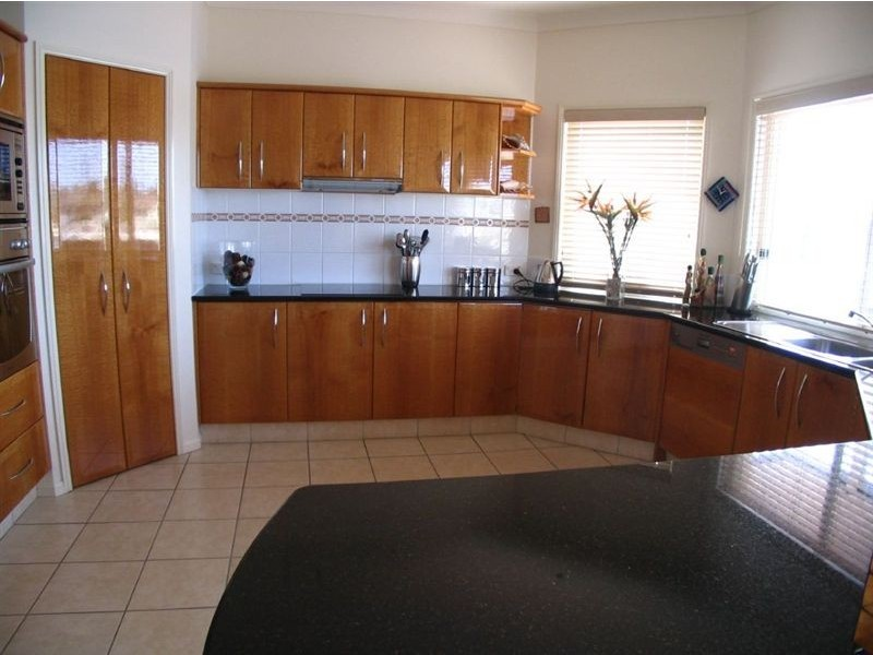 78 Waitomo Street, Broadbeach Waters QLD 4218