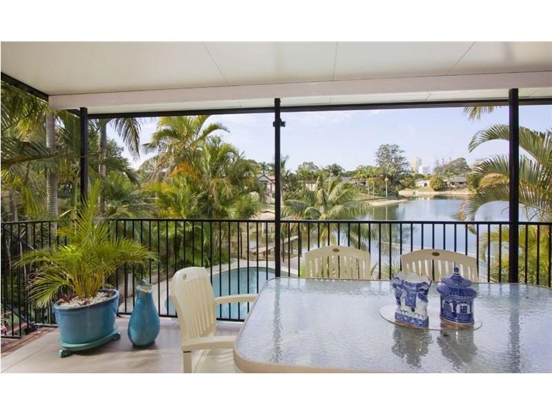 140 Rio Vista Blvd, Broadbeach Waters QLD 4218