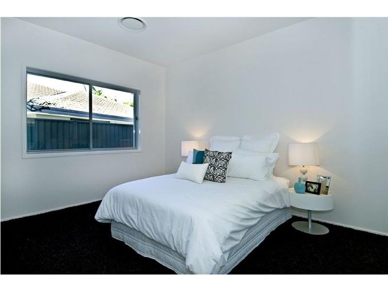 73 Rudd Court, Broadbeach Waters QLD 4218