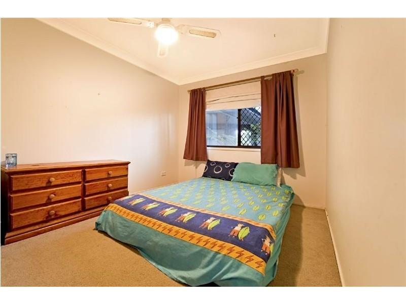 12 Buena Vista Court, Broadbeach Waters QLD 4218