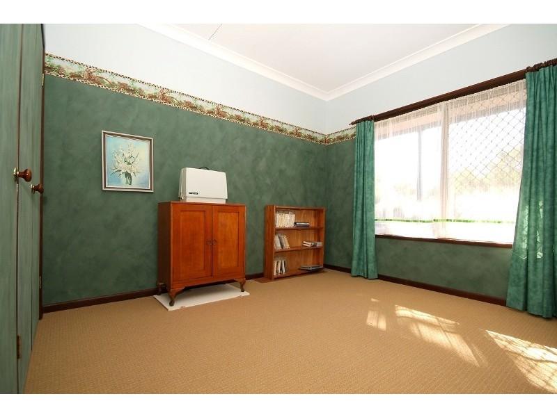 5 Kikuyu Court, Meringandan QLD 4352