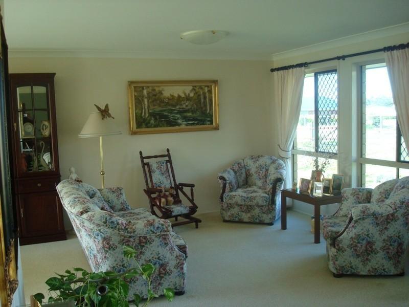 57 Highland Park Drive, Meringandan QLD 4352