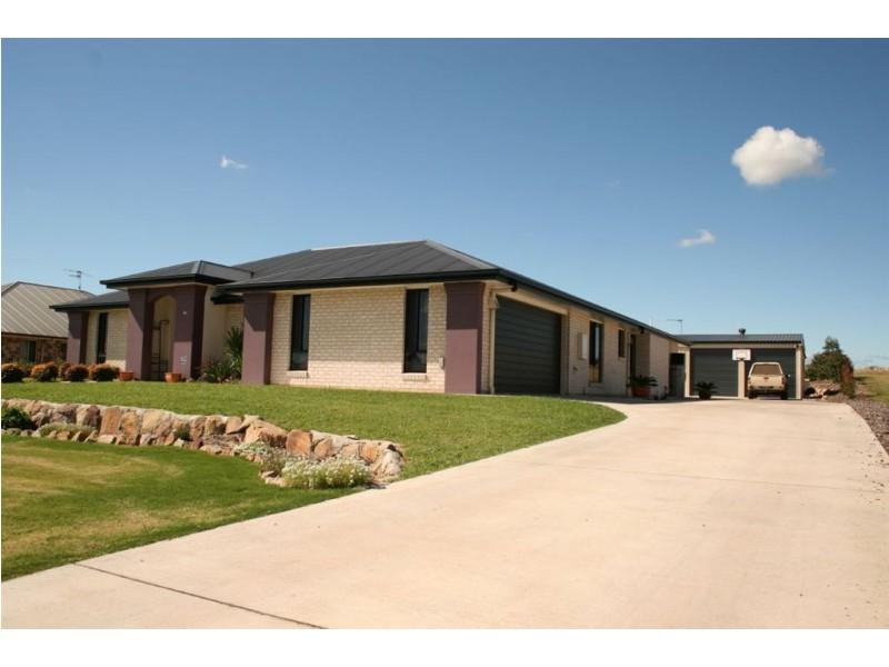 53 Phipps Drive, Meringandan QLD 4352