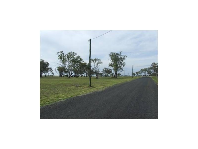 Green Trees Estate, Pirrinuan QLD 4405