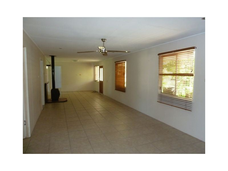 172 Five Mile Road East, Tinana South QLD 4650